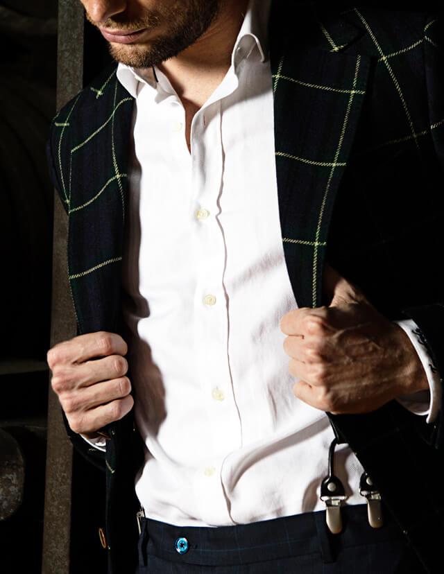 Manners Torrequebrada, el equilibrio entre lo clásico y lo moderno, una forma diferente de vestir la moda masculina, camisas para el hombre de hoy